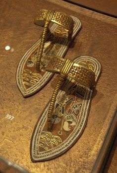 Walk like and Egyptian sandals Ancient Artifacts, Ancient Egypt, Ancient History, Cleopatra, Egypt Art, Egyptian Jewelry, Machu Picchu, Ancient Civilizations, Cairo