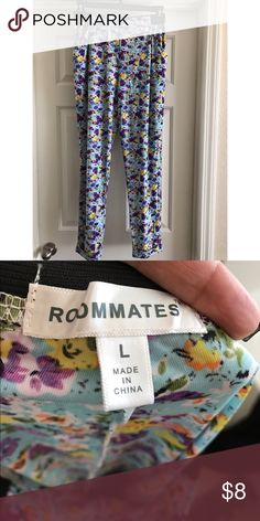 L floral print loose pants Black elastic waistband on these super cute and bright pants. EUC. Lightweight. Perfect for summer! Pants Wide Leg