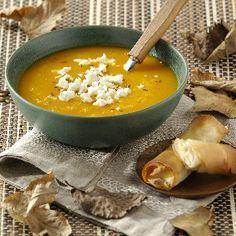 Sopa de calabaza suave con sabor a comino