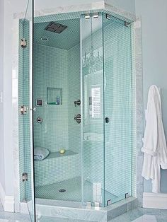 Brilliant shower - all enclosed, steam room, seat (brilliant for shaving legs I'm sure!), pretty, list goes on......
