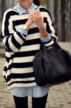 nautical stripe sweater + chambray shirt = classic street chic/ comfy class look Fashion Moda, Look Fashion, Fall Fashion, Fashion Shoes, Womens Fashion, Mode Outfits, Fall Outfits, Summer Outfits, Mode Style