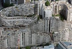 The Paris banlieues (Paris's 'settlements' - the ghetto) modern hotbed for revolutionaries against injustice & inequality - http://www.spiegel.de/international/europe/a-trip-through-the-paris-banlieue-of-terrorist-samy-amimour-a-1079033.html http://www.nytimes.com/2013/05/15/business/global/in-pariss-banlieues-new-recipe-for-success-is-local.html http://www.cbsnews.com/news/paris-banlieues-seeds-of-terror-isis/