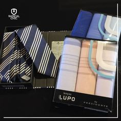 Completar um ano de loja masculina é uma grande ocasião.   E uma boa dica para deixar o traje mais elegante, em qualquer ocasião, é usar o lenço dobrado no bolso do terno, um ótimo recurso de estilo. Você pode até apostar, também, em uma gravata diferenciada.  ;)  #RadicalChic #1Ano #ModaMasculina