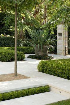Modern Landscaping By Anthony Paul Landscape Design: Sandstone Paving Garden By Peter Fudge Contemporary Garden Design, Modern Landscape Design, Modern Landscaping, Backyard Landscaping, Landscape Architecture, Architecture Design, Formal Garden Design, Inexpensive Landscaping, Garden Modern