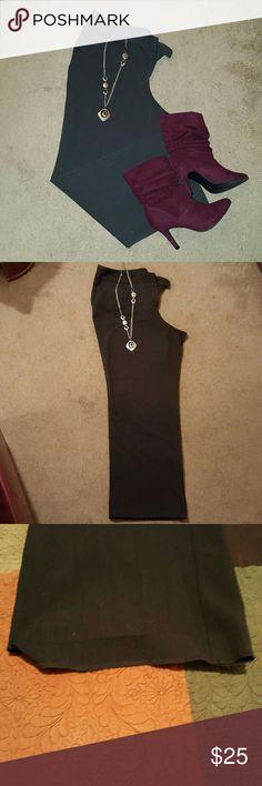 Dress pants Charcoal grey dress pants. Great feel and versatile!  Measures: 20 inch waist  31' inseam  10 inches flat across for legs * Disclaimer* right pant leg has a fallen hem. Alfani Pants Straight Leg