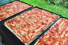 Recipe - Pizza Margherita without errors Dissapore Focaccia Pizza, Pizza Dough, Pizza Pizza, Pizza Recipes, Food And Drink, Yummy Food, Delicious Recipes, Favorite Recipes, Lunch
