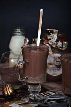 Karácsonyi instant forró csokoládé Chocolate Fondue, Hot Chocolate, Diy Food, Coffee Drinks, Cookie Recipes, Smoothie, Recipies, Beverages, Food And Drink