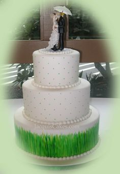 Singing In The Rain Wedding Cake but without the grass