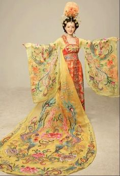 Tang Dynasty Dress. Always be one of my favorite dynasties in ancient China.