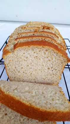 Gluten Free White Bread Without Xanthan Gum Grab a slice of gluten free white bread! (Plus 6 tips for making this one!)Grab a slice of gluten free white bread! (Plus 6 tips for making this one! Gum Recipe, Gf Bread Recipe, Keto Bread, Low Carb White Bread Recipe, Bread Baking, Best Gluten Free Bread, Gluten Free Cooking, Gluten Free Recipes, Gluten Free Homemade Bread