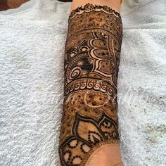 Bridal henna for Rozina. She wants it as full as possible as does mother... #Heena #henna #hennabride #mehndi #mehandi #indian #intricate #pakistanibride