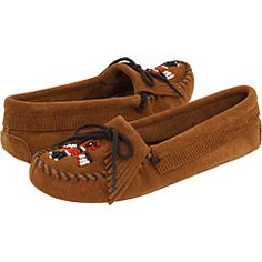 these are the moccasins i bought the other day in gatlinburg. they are my best friends now and i highly recommend them to everyone, because i tried on many different styles and they all rocked.