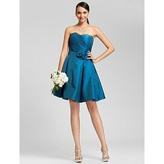 A-line Sweetheart Knee-length Taffeta Bridesmaid Dress – USD $ 99.99