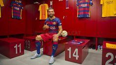 Arda Turan wearing the new Barça shirt   FC Barcelona