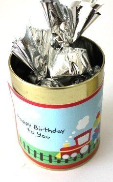 A smart Gold coloured tin with a birthday message on top. Tin contains 10 chocolates in rich chocolate delight, mintie and milk orange flavours. Birthday Chocolates, Chocolate Delight, Gold Birthday, Birthday Messages, Tin, Favors, Color, Golden Birthday, Birthday Msgs