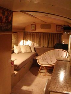 love how cozy this feels..... Is this a luxury apartment in New York or maybe a Old School Bus in Woodstock...Guess !