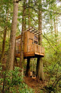 37 Kids Treehouse Design Ideas | Sebring Design Build Backyard Treehouse, Building A Treehouse, Treehouse Ideas, Normal House, Tree House Plans, Deck Landscaping, Tiny House Community, Cool Tree Houses, Tree House Designs