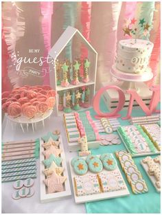 Julieta's 1st Birthday Party | CatchMyParty.com
