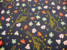 Baumwolljersey Druck Golden Birdy- auf marine Limited Edition – Premium Collection Baumwolljersey Golden Vögelchen und Blumen auf marine