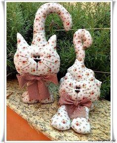 Materiales gráficos Gaby: Hermosos peluches pareja de gatos con costuras y moldes muy sencillo de realizar