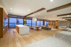 Large open plan - white wash with wood.
