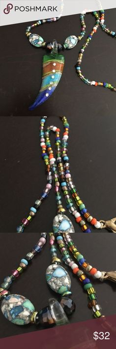 •BOGO 50% OFF•Handmade•Glass Pendant Boho Necklace •handmade  •unique design  •magnetic closure for easy take on/off  •all jewelry prices firm unless stated otherwise. •Offers to do not apply to jewelry.  •measurement closed: appx. 13&1/2inches.            🇲🇽Made In Mexico🇲🇽 thetrendykittenjewelry Jewelry