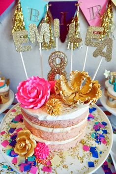 Little Big Company | The Blog: Glitz and Glamour Party by Oh Goodie Designs. - Oh so GLITTERY party. Glitter gold sparkly everywhere!  Love it!