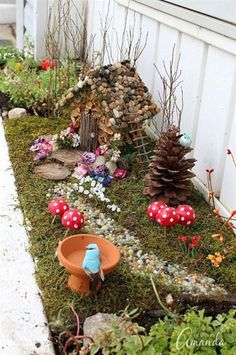 To make your own fairy garden, choose the proper container, and be sure to choose a container that is not too deep. Try to always use a good weed free potting soil and never use topsoil or black earth…MoreMore #GardeningIdeas