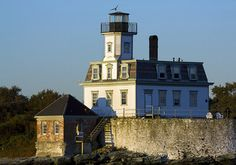 Visiting the Rose Island Lighthouse