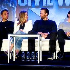 Elizabeth Olsen and Chris Evans at Captain America: Civil War Press Conference on April 10, 2016.<< I kinda ship it!