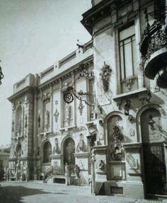 Casa Ion Kalinderu (arh. I.D. Brătianu 1906-1916) Bucharest Romania, Spanish Colonial, Old City, Time Travel, Dan, Places To Visit, Europe, Exterior, Memories