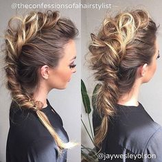 "You cant be too busy to explore this: ""{mt}"" # Braids styles mohawk 21 Gorgeous Mohawk Hairstyles ! Box Braids Hairstyles, Pretty Hairstyles, Wedding Hairstyles, Formal Hairstyles, Layered Hairstyles, Elegant Hairstyles, Festival Hair, Grunge Hair, Bridesmaid Hair"