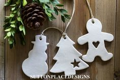 Image of Set of 3 Handmade Christmas Clay Tags Tree, Snowman, Gingerbread Man Handmade Christmas Crafts, Clay Christmas Decorations, Family Christmas Ornaments, Polymer Clay Christmas, Christmas Mom, Handmade Ornaments, Holiday Crafts, Earrings Handmade, Deco Table Noel