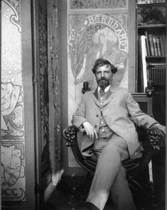photographed in his bohemian studio. Alphonse Mucha, / Alfons Maria July 1860 – 14 July often known in English and French as Alphonse Mucha, was a Czech Art Nouveau painter and decorative artist Art Nouveau, Famous Artists, Great Artists, Bohemian Studio, Alphonse Mucha Art, Mucha Artist, Jugendstil Design, Arte Popular, Klimt