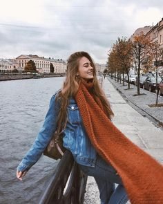 Find images and videos about girl, fashion and style on We Heart It - the app to get lost in what you love. Winter Instagram, Instagram Pose, Autumn Photography, Girl Photography, Fashion Photography, Autumn Aesthetic, Travel Aesthetic, Insta Photo Ideas, Winter Photos