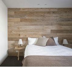 Papel de parede ou parquet flutuante na parede...