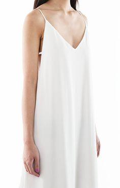 Chic white maxi dress - minimal fashion; style simplicity // Eight Slate