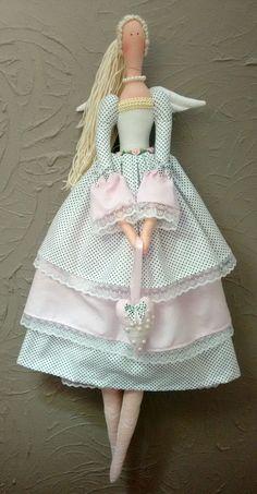 Doll Clothes Patterns, Doll Patterns, Clothing Patterns, Yarn Dolls, Fabric Dolls, Doll Crafts, Diy Doll, Pretty Dolls, Beautiful Dolls