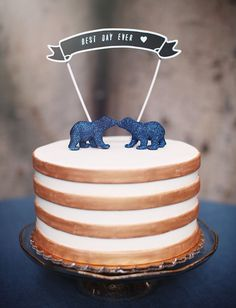 Blue glitter bear cake toppers!