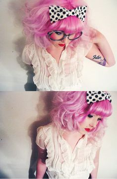 I love her hair and bow.  Learn about the rainbow hair trend at girl-gang.weebly.com