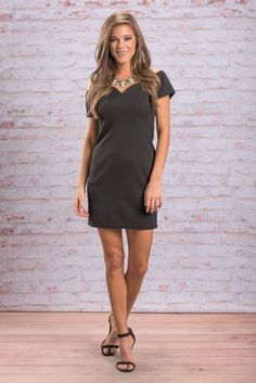 """Shapely Situation Dress, Black"" This dress is smoking hot!! It's fitted bodice is so flattering and seductive! We love that the neckline doesn't plunge too low but instead has a precious sweetheart cut! #newarrivals #shopthemint"