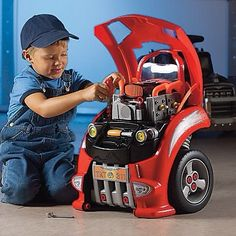 A Toy Mechanic's Car You Can Take Apart & Put Back Together. http://www.freshmom.com/2012/playtime/boy-toy-mechanics-car-and-a-deal-with-one-step-ahead/