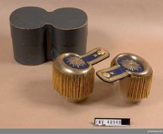 Epaulets for Major at the Army Corps of Engineers. Army Corps Of Engineers, Cufflinks, Engineering, Accessories, Sweden, Mechanical Engineering, Architectural Engineering, Ornament