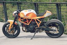 Not every project is a smooth one, they can start and be halted for months at a time, life gets in the way, parts can be hard to find and when you finish you… Ducati Cafe Racer, Cafe Racer Bikes, Cafe Racer Motorcycle, Cafe Racers, Bobber Custom, Custom Cafe Racer, Custom Bikes, Ducati 900ss, Ducati Supersport