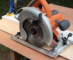 Here's a Simple Diy Circular Saw Guide for Crosscutting