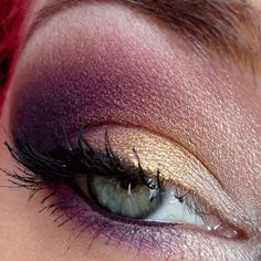 Plum and gold smoky eye. This is perfect.