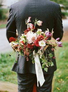 Dramatic + bold wedding bouquet from Victory Blooms. Photo: Christina McNeill