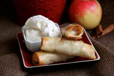 Baked Apple Pie Egg Rolls