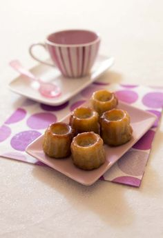 Recette des Cannelés au lait d'amande, vanille et fève tonka - sans lactose