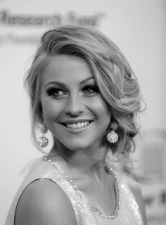 julianne hough. Love her hair...